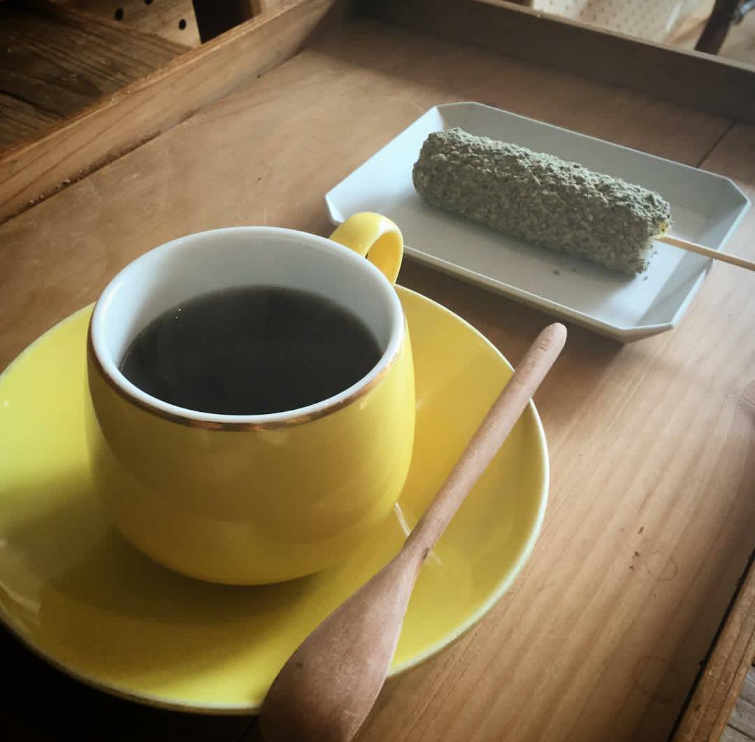 わがし屋よだもち_喫茶路地_コーヒー